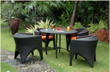 wicker-patio-seating